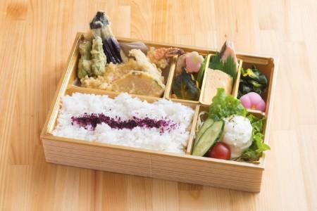 7、天ぷら幕の内御膳